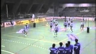 Voleibol :: Sporting - 3 x Porto - 1 de 1989/1990