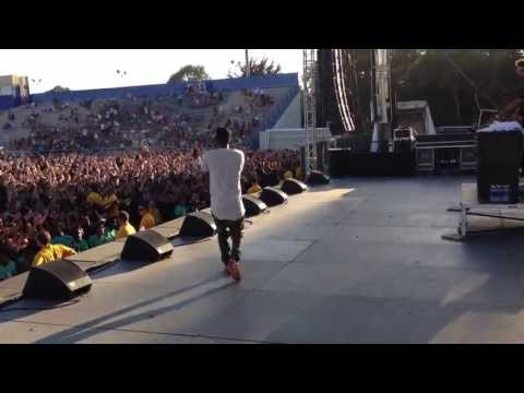 Kendrick Lamar Swimming Pools (Drank) Live @ UCSB
