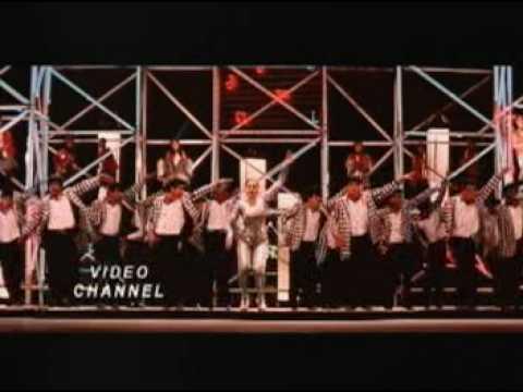 Koi Jaye To Le Aye-ghatak video