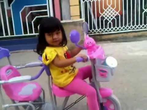 download lagu Kring Kring Kring Ada Sepeda gratis