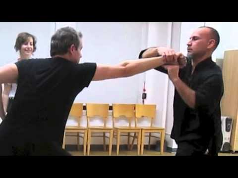 Form to Fighting: The Techniques of Eagle Claw Kung Fu -- The Cross Block