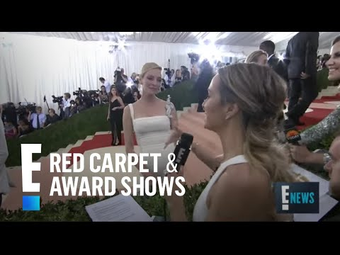 Uma Thurman Glows at Met Gala 2016 | E! Live from the Red Carpet thumbnail