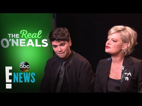 """""""The Real O'Neals"""" Is a Totally Different Sitcom   Celebrity Sit Down   E! News"""