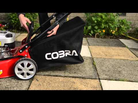 Cobra M40 Lawnmower in Action Briggs & Stratton Petrol Engine Grass Bag Pull Cord Start Buying Guide