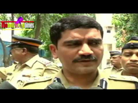 Jiah Khan Reaction Of Police Officer Vishwas Nangare Patil Bt video