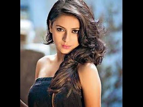 Wajah Asli Pratyusha Banerjee Pemeran Anandhi Saat Dewasa 1 di Serial ANA