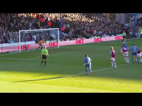 Jermaine Defoe Penalty Miss, Portsmouth V West Ham - HIGH DEFINITION