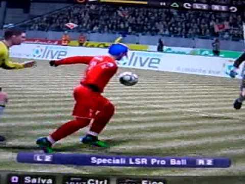 bellissimo gol di ginocchio a pes 2010