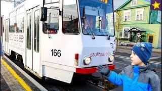 Городской транспорт для детей Трамваи, автобусы, грузовики, спецтехника Video for children