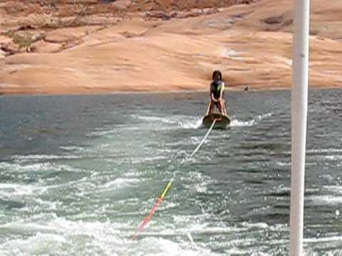 Lake Powell 2009 - Kristina 1st time water skiing Video