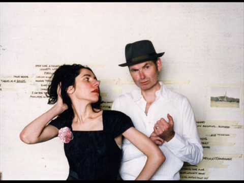 PJ Harvey & John Parish - Dance Hall At Louse Point