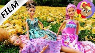 Phim Barbie tiếng Đức Đi chơi công viên với bạn thân với chị bầu bì