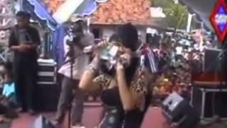 download lagu Ada Rindu~rena Kdi gratis