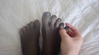 Wearing 5 toe pantyhose on my legs, lots of foot close ups! Made in Japan