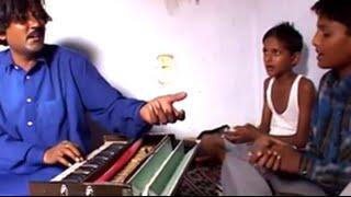 download lagu 'saannu Ik Pal Chain Na Aave' By Mukhtiyar Ali gratis