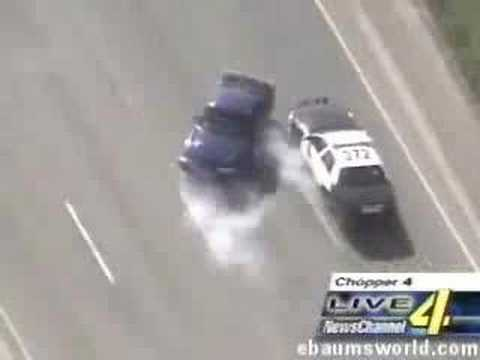 World's Most Funnies Car Chase (MUST SEE IT!)