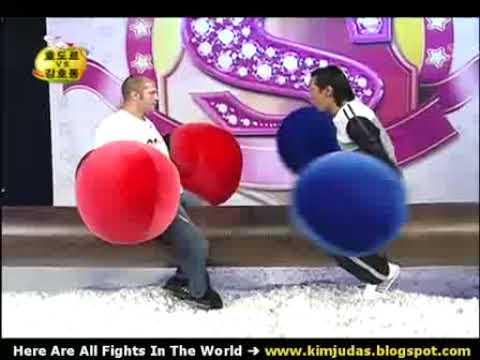 Fedor Emelianenko is boxing vs three Korean (Comedy show)
