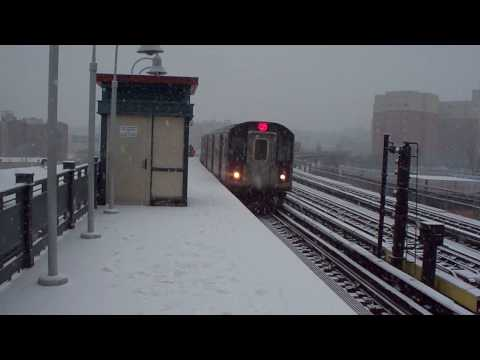 IRT R142 (2) WPR Local and (5) WPR Express at East Tremont Ave- AM Rush [Snowy HD]