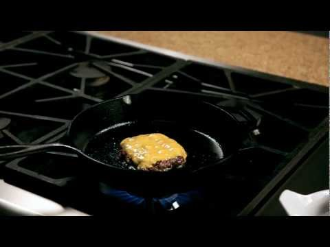 How to make a homemade burger &#8211; #15 &#8211; Removing the burger from the pan  Appetites