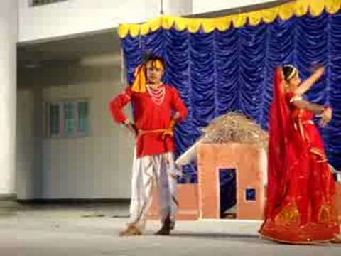 Radha Kaise Na Jale....dance Performance By Ajay Shekar & Vijaya Kathyayni... video