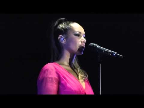 Leona Lewis - Footprints In The Sand - Dusseldorf, April 18th 2013