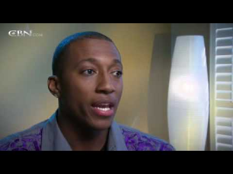 Lecrae Moore: Finding a Father in God - CBN.com