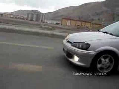Peugeot 106 Quiksilver Turbo vs Citroen Saxo VTS Drag Video