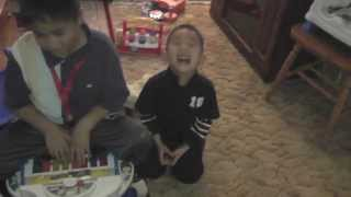 Hmong kids funny- laughter