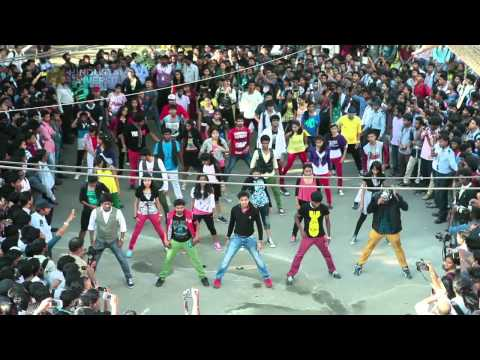 Flash Mob  Hindustan University