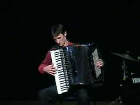 Toccata and Fugue d minor - Accordion Video
