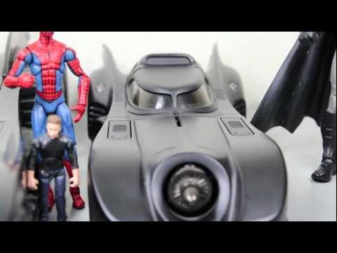 Batman (1989) Movie Hot Wheels Batmobile 1/18 Scale Die-cast Vehicle Review