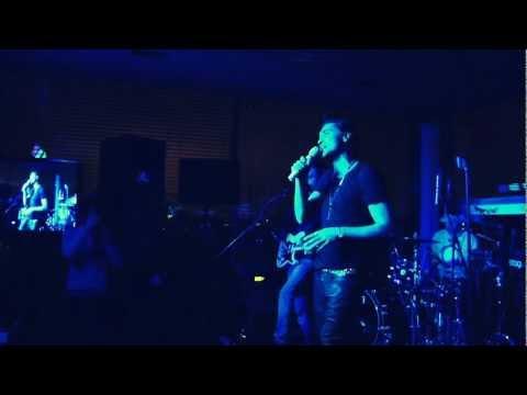 Концерт Димы Билана в ресторане Мансарда