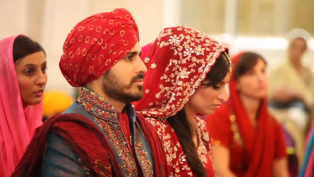 PUNJABI WEDDING, BANGKOK | TARUN + ANOUSHKA - YouTube