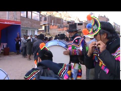 Bailando con los Pitureros-HUANCAVELICA