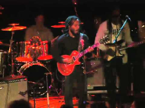 Ziggy Marley - Forward To Love (Live At The Roxy Theatre)