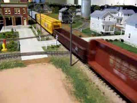 Wow!!look at that long train!! Video