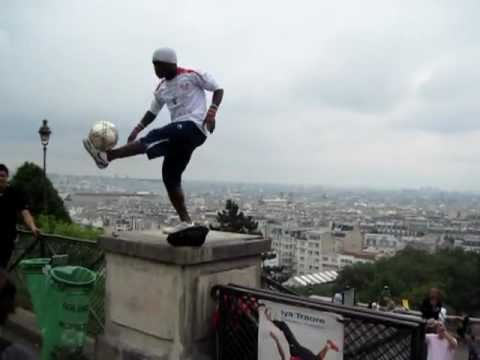 Unbelievable Freestyle Soccer football Tricks [hq] video