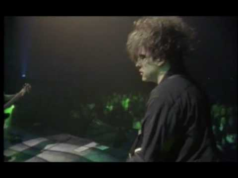 The Cure - A Forest (Live 1992)