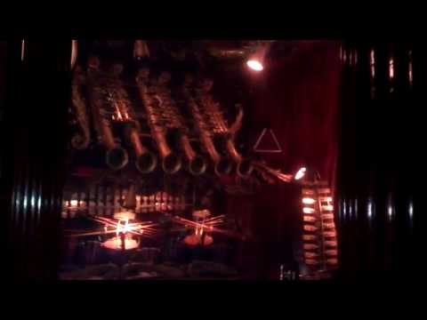 Very out of tune music box (Barrel Piano?) at House on the Rock (third video in Music of Yesterday)
