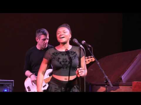 Lizz Wright Live in Pittsburgh - Song: Freedom