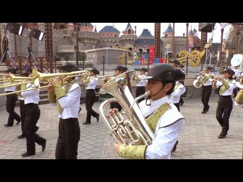 Kansai Honor Green Band Disneyland Paris Disney Performing Arts Pre-Parade HD