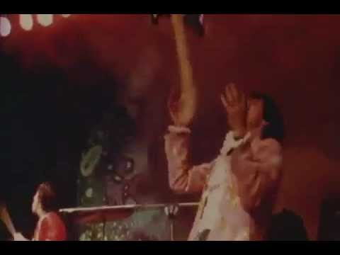 The Who - My Generation - Destruction of live instruments HQ