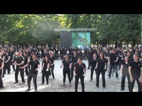 Mandarin Oriental, Paris: Tai Chi & Taiko/Kodo Performance in the Jardin des Tuileries