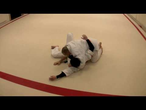 Judo Grappling- MuneGatame and Escape Image 1