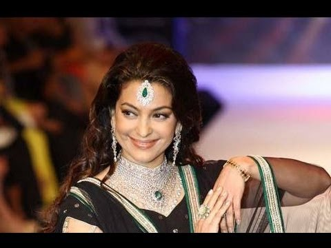 Juhi Chawla - I Love Gold Jewelry
