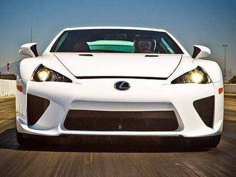 First Test: 2012 Lexus LFA