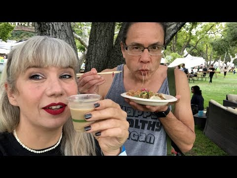 Meeting Fans + Scarfing Food At Eat Drink Vegan 2018