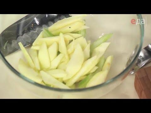 Как нарезать яблоко соломкой / мастер-класс от шеф-повара / Илья Лазерсон / Мировой повар