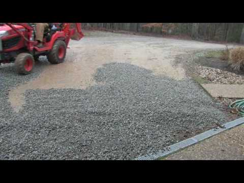 Kubota BX25 Spreading Gravel