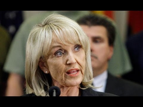 GOP Gov. Jan Brewer's Insane Gun Law